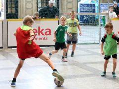 Streetsoccer-Turnier im Krienser Kulturquadrat im Rahmen der Aktionswoche Asyl.